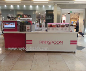 Pinkspoon juice kiosk design for shopping  mall